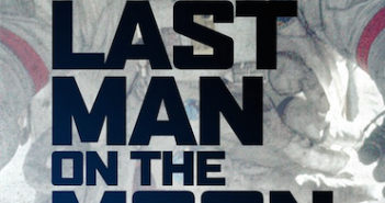 the-last-man-on-the-moon-affiche